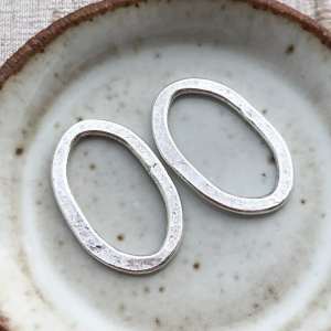 Hammered Flat Oval Antique Silver - 24x15mm