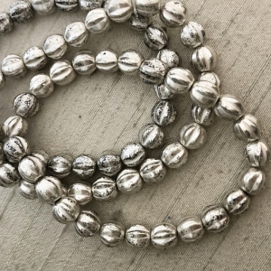 6mm Melon Antique Silver with White Wash