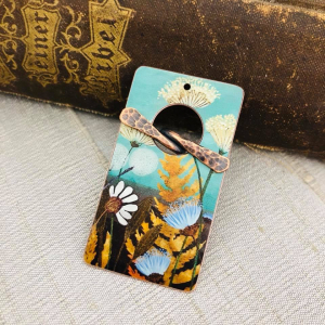 Queen Anne's Lace Faux Tin Toggle Pendant