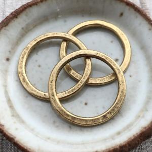 Hammered Flat Hoop Antique Gold - 24mm