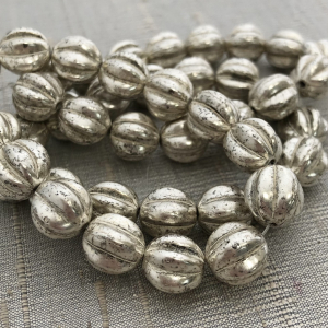 10mm Melon Antique Silver with a White Wash