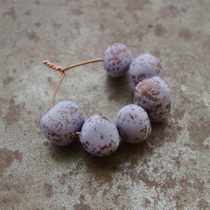 Speckled Lilac Bead Wobbles